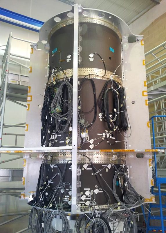 GMP-T SQM central thrust tube. Credit SSTL