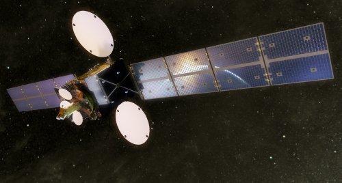 SSTL-900-in_space-500p